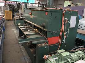 Kleen - Hydraulic Guillotine - picture1' - Click to enlarge