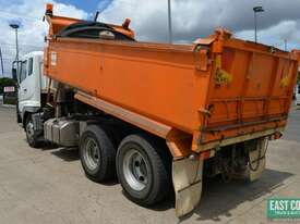 2007 MITSUBISHI FV500  Tipper   - picture2' - Click to enlarge