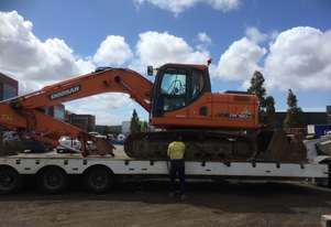 Low Hour Doosan Dx180 Excavator