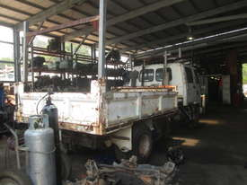 1992 Isuzu FRR32 - Wrecking - Stock ID 1589 - picture2' - Click to enlarge