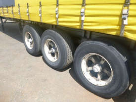 Freighter Semi Curtainsider Trailer - picture12' - Click to enlarge
