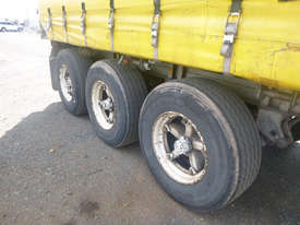 Freighter Semi Curtainsider Trailer - picture18' - Click to enlarge