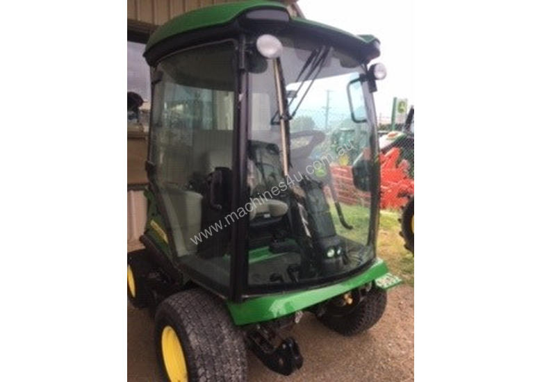 John Deere 1585 Front Deck Lawn Equipment