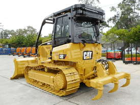 Caterpillar D5K XL Bulldozer DOZCATK - picture1' - Click to enlarge