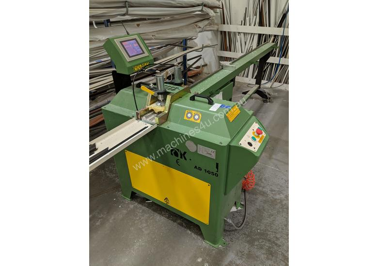 Automatic Glazing Bead Saw