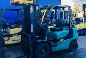 YALE 2.5t counterbalanced container access forklift
