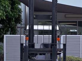 Used Forklift:  H18T Genuine Preowned Linde 1.8t - picture1' - Click to enlarge