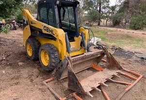 Gehl R150 Skid steer loader for sale