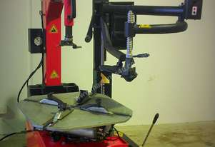 BRIGHT 885 Tyre Changer assist arm equipped