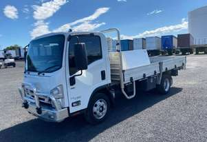 2017 ISUZU NPR 45/190 - Tray Truck - Tray Top Drop Sides