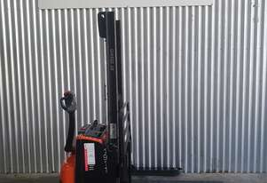 BT Walkie Stacker in near new condition