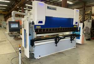Accurl CNC Press Brake 135t x 3.1m