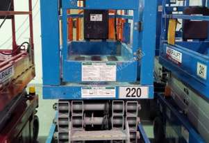 2010 Genie 19ft Scissor lift FOR SALE