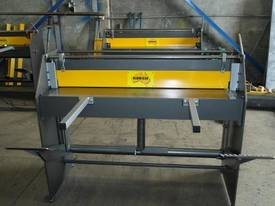 Keech corrugated hydraulic guillotine - picture6' - Click to enlarge