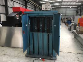 Elephant Foot Vertical Baler. VGC. - picture1' - Click to enlarge