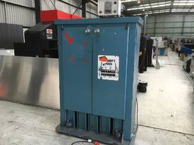 Elephant Foot Vertical Baler. VGC.