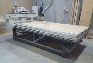 Multicam M-2412 as new 2400x1200 CNC Router