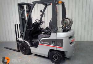 Nissan Forklift For Sale 18 Ton Container Mast With Sideshift 1337 Hours