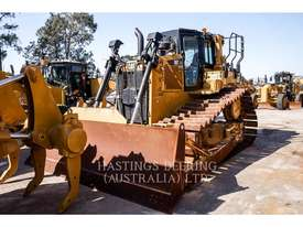 CATERPILLAR D6T Track Type Tractors - picture0' - Click to enlarge