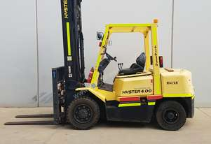 4T Counterbalance Forklift - Low Hours