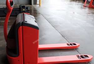Used Forklift: T16 - Genuine Preowned Linde 1.6t