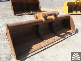 330CL 2700MM BATTER BUCKET - picture0' - Click to enlarge