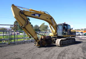 2004 Caterpillar 330C Steel Tracked Excavator with Timber Shear & Grab Attachments - In Auction