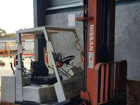 Forklift, Gas, 5700 lift height - picture0' - Click to enlarge