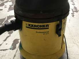 Karcher Wet & Dry Vacuum Cleaner Electric 240 Volt Model NT 27/1 - picture1' - Click to enlarge