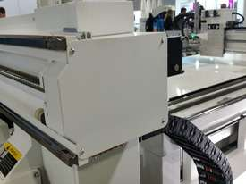 NANXING Auto Labeling Auto Loading & Unloading Flatbed Nesting CNC Machine NCG2512L - picture16' - Click to enlarge