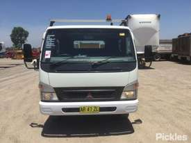 2007 Mitsubishi Canter FE83 - picture2' - Click to enlarge