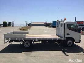 2016 Mitsubishi Canter L7/800 - picture8' - Click to enlarge