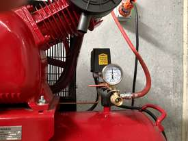 BOSS 43CFM/10HP AIR COMPRESSOR  - picture0' - Click to enlarge