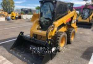CATERPILLAR 236DLRC Skid Steer Loaders