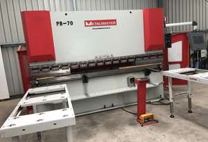 CNC PRESS BRAKE MACHINE 6 MONTHS OLD, AS NEW