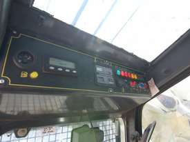 Used MAIT HR-100 Low Head Room for Sale - As new condition  - picture13' - Click to enlarge