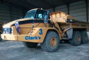 Caterpillar 2005 CAT 740 Ejector Truck