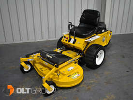 Walker Model R Series Zero Turn Mower 42 Inch Side Discharge Deck 21hp Petrol Residential Mower - picture1' - Click to enlarge