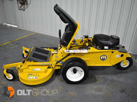 Walker Model R Series Zero Turn Mower 42 Inch Side Discharge Deck 21hp Petrol Residential Mower - picture2' - Click to enlarge