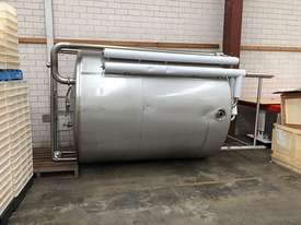 7000lt s/s tanks - picture0' - Click to enlarge