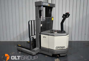 Crown WR3000 Electric Walkie Reach Truck Forklift NEW Battery and Charger Container Mast
