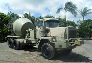 MACK MC3 6X6 CONCRETE TRUCK