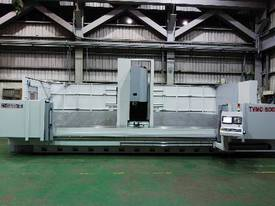 Eumach T VMC traveling column machining center - picture4' - Click to enlarge