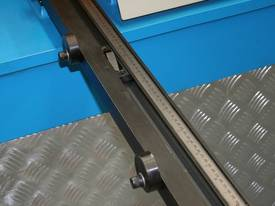 STEELMASTER 2500MM X PANBRAKE GUILLOTINE COMBO - picture6' - Click to enlarge