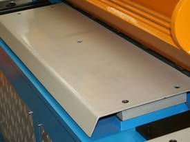 STEELMASTER 2500MM X PANBRAKE GUILLOTINE COMBO - picture9' - Click to enlarge