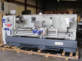 � 660mm Swing Centre Lathe, 104mm Spindle Bore, up to 4m BC - picture3' - Click to enlarge