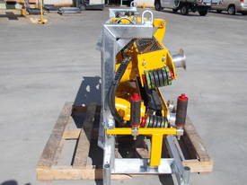 REDMOND GARY  Cable Pusher - 20kN Side Mount - picture4' - Click to enlarge