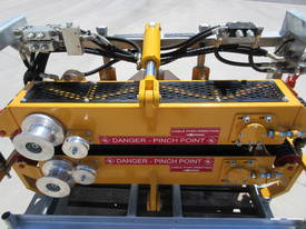 REDMOND GARY  Cable Pusher - 20kN Side Mount - picture7' - Click to enlarge