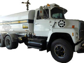 Ford Louisville 8000 Water Truck, Call EMUS
