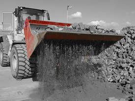 ROTAR 2000 S SEGREGATOR LOADER BUCKET (10-12T) - picture3' - Click to enlarge